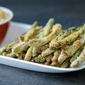 Crispy Baked Green Bean Fries