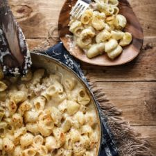 Apple Sauce Mac & Cheese with Apple Sausage