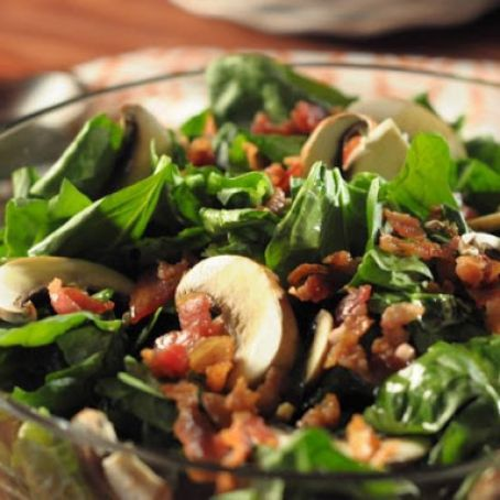 Spinach Salad with Garlic Dressing