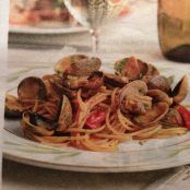 Seafood: Spaghetti alle Vongole (Spaghetti with clams)