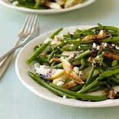 Haricot Vert, Pear and Goat Cheese Salad
