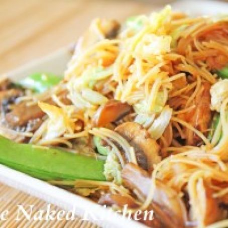 Chow Mei Fun  (Stir Fried Noodles)