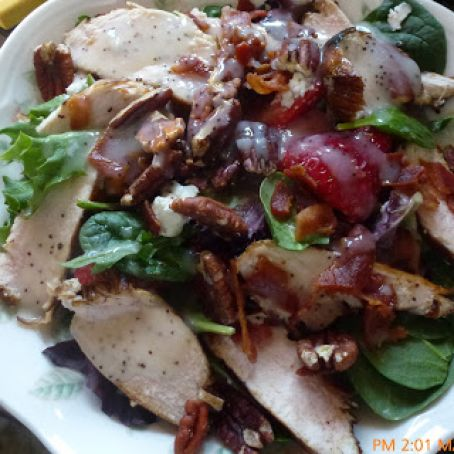 Strawberry and Balsamic Grilled Chicken Salad from Closet Cooking