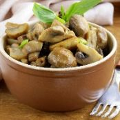 Herbed Mushrooms with White Wine for two