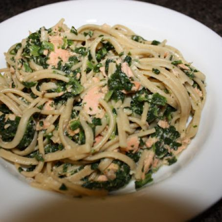 Angel Hair Pasta with Salmon and Spinach