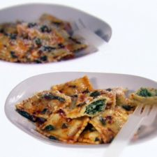 Ravioli with Spicy and Sage Butter