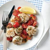 Scallops with Herbed Raw Tomato Sauce