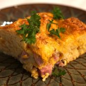 Flaky Biscuit Breakfast Casserole