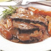 Crockpot Beef Pot Roast with Gravy