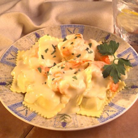 Shrimp Scampi Ravioli with Lemon Pepper Cream