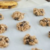 Low-fat Chocolate Chip Banana Cookies