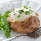 Air Fryer Garlic Baked Potatoe