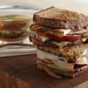 Turkey Apple Sandwich