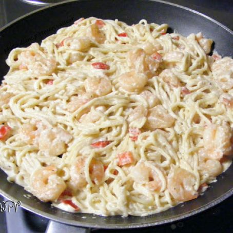 Cracked Pepper Shrimp Alfredo