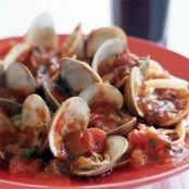 Fettuccine with Clams and Tomato Sauce