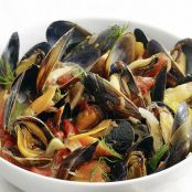 Steamed Mussels with Fennel & Tomato