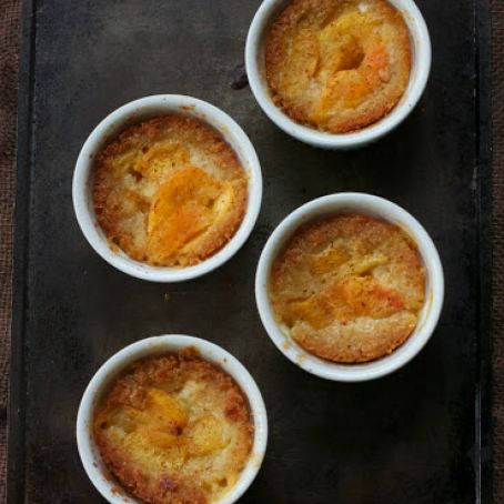 GRAIN-FREE PEACH COBBLER (PALEO, GAPS)