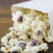 white chocolate cranberry nut popcorn