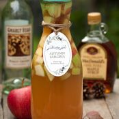 Autumn Sangria: Apple Cider and Pinot Grigio