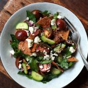 Fattoush: Middle Eastern Pita Bread Salad