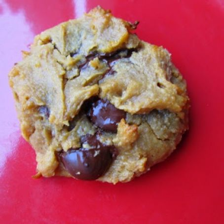 The I Dare You Chickpea-Peanut-Butter-and-Honey-Dark-Chocolate-Chip Cookies