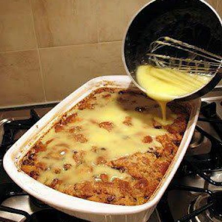Grandma S Old Fashioned Bread Pudding With Vanilla Sauce Recipe 3 9 5