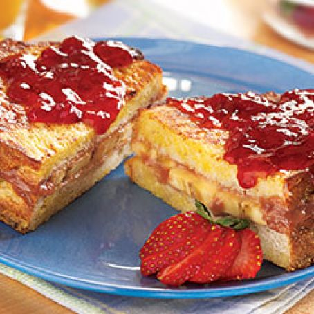 Peanut Butter, Berry and Banana Stuffed French Toast