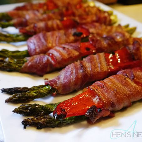 Roasted Bacon-Wrapped Asparagus and Red Pepper Bundles