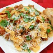 Farfalle Pasta with Sausage, Tomatoes and Cream