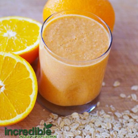 Orange-Carrot Smoothie Recipe with Pear & Oats