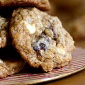 Oatmeal White Chocolate Cherry Chip Cookie