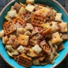 Slow Cooker Cheesy Bacon Chex Mix
