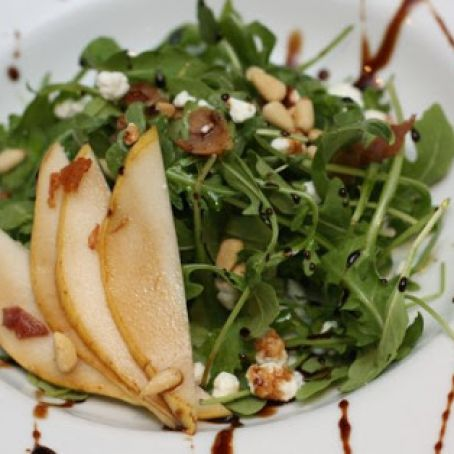 Pear & Goat Cheese Salad with Balsamic Reduction