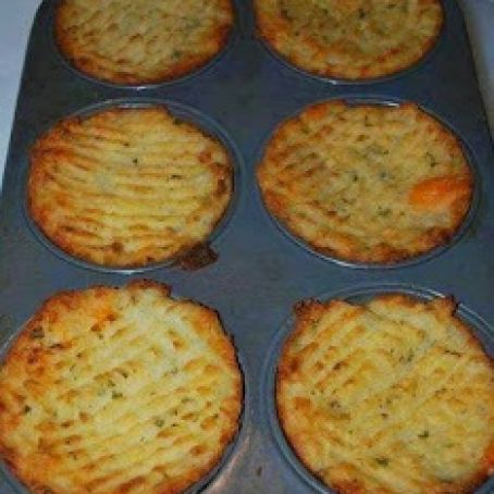 Mashed Potatoes in Muffin Pan