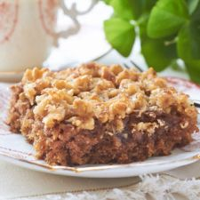 Old-Fashioned Irish Oatmeal Cake