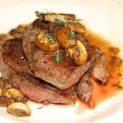 Filets with mushrooms and Thyme