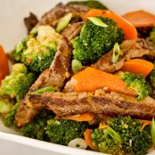Spicy beef stir fry with broccoli and orange sauce (Japanese beef stir fry in orange ponzu)