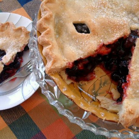 Olallieberry Pie & The Barefoot Contessa's Perfect Pie Crust