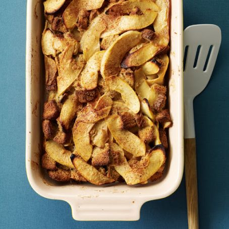Spiced-Apple Breakfast Casserole