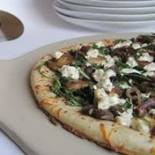 Arugula, Caramelized Onion, and Goat Cheese Pizza