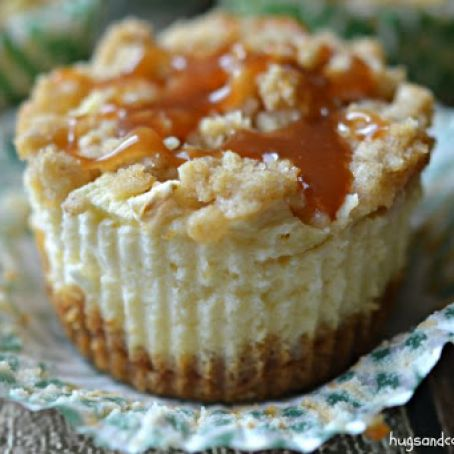 Mini Caramel Apple Streusel Cheesecakes