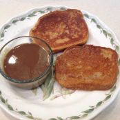Chai Tea French Toast with Maple Cream