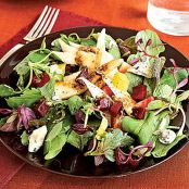 Pear, Beet & Gorgonzola Green Salad