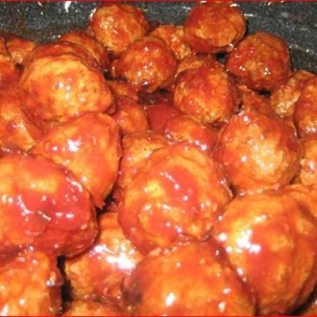 Appetizer Grape Jelly & Chili Sauce Meatballs (Lil Smokies)