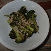 Broccoli with lemon and pine nuts