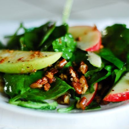 Spinach Salad with Apples and Bacon