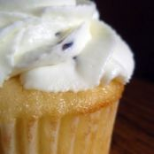 Lovely Lemon Lavender Cupcakes