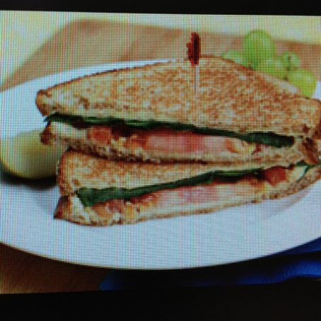 Sandwich: Club-Style Grilled Cheese