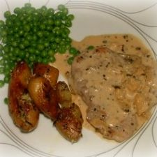 Sauteed Pork Tenderloin Medallions with Apples & Sage Cream Pan Sauce