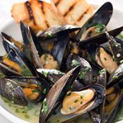 Oven-Steamed Mussels with Hard Cider and Bacon